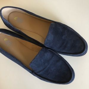 "[EasySpirit] e360 ""Margy"" Blue Suede Loafers"